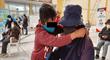 Huancayo: niño lleva a su abuelito de 85 años para recibir la vacuna contra la COVID-19