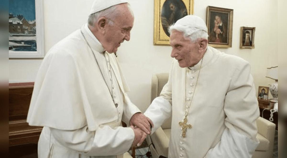 papa-francisco-y-papa-emerito-benedicto-xvi-recibieron-la-primera-dosis-de-la-vacuna-contra-la-covid-19