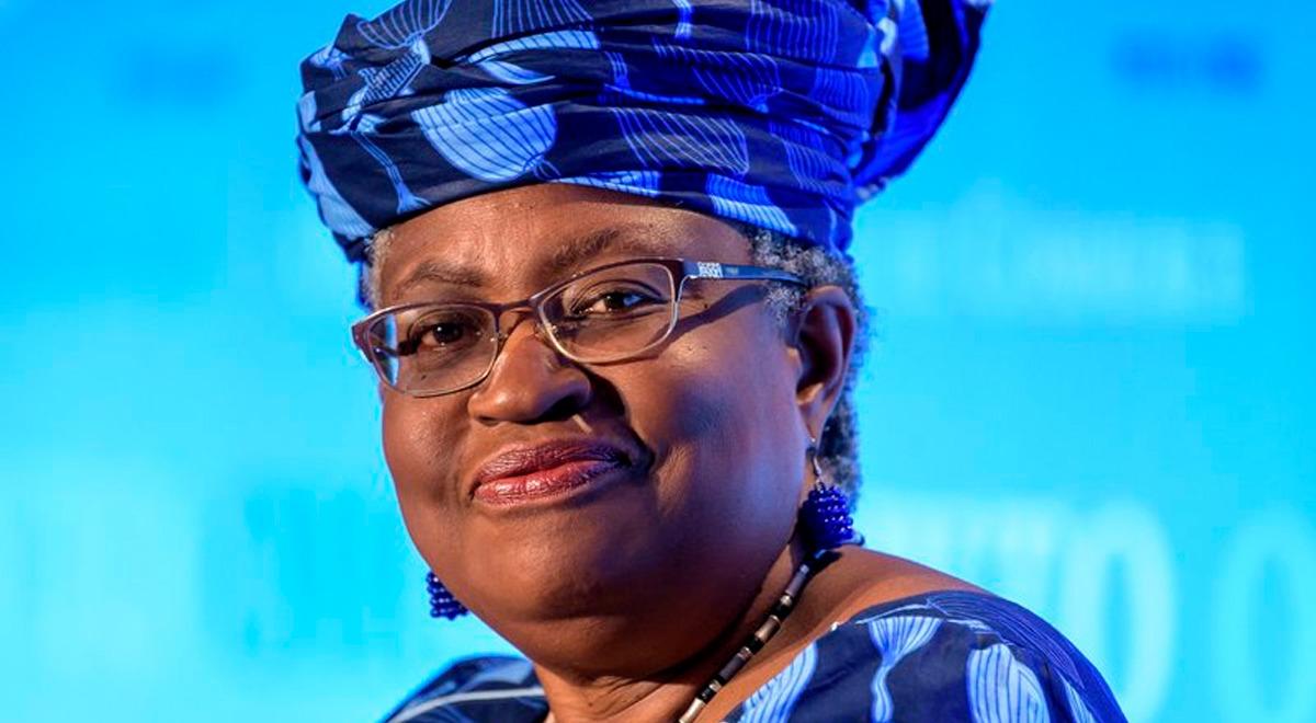 conoce-a-ngozi-okonjo-iweala-la-primera-mujer-afro-en-liderar-la-omc-y-que-priorizara-el-acceso-a-vacunas-covid-19-en-el-mundo