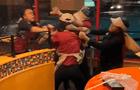 Siete empleados de Popeyes discuten y se agarran a golpes [VIDEO]