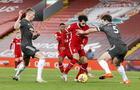 El  Manchester  United sobrevive en Anfield  y mantiene el liderato