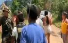 Vraem: Pobladores se enfrentaron con piedras a policías durante operativo antidrogas [VIDEO]