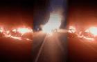 Tumbes: auto arde en llamas tras chocar y deja un muerto y varios heridos [VIDEO]
