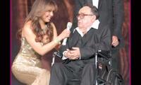 A Thalía le dolió mucho la muerte de Gómez Bolaños. Chica Dorada le agradeció por tantas carcajadas.