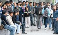 Universitarios no podrían ejercer derecho al medio pasaje, señalan.