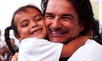 Ricardo Arjona cumplió promesa a los damnificados del Volcán de Fuego
