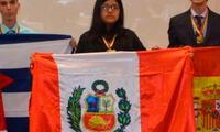 Escolar ganó medalla por olimpiada de Biología en Ecuador