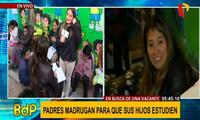Padres se pelean vacantes con venezolanos en colegio de Los Olivos