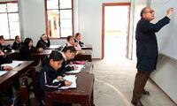 El Ministerio de Educación aumentará sueldos a 400 mil docentes del sector público