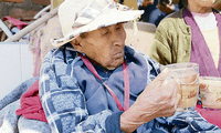 Anciana natural de Arequipa podría entrar a los Record Guinness