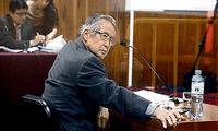 Alberto Fujimori lanzó el autogolpe mediante un mensaje televisivo