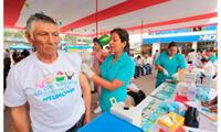 Vacunaron contra la neumonía a 25 mil adultos mayores de Pensión 65