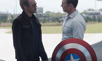 Robert Downey Jr. junto a Chris Evans