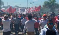 Trabajadores de CGTP de la sede Iquitos protesta contra el gobierno