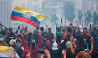 """Lenin Moreno: """"He dispuesto el toque de queda y la militarización y empezará a regir a las 15:00"""""""