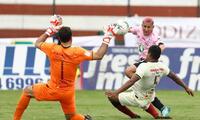 José Carvallo es uno de los mejores del Torneo y lleva siete partidos sin recibir goles. FOTO: LIBERO
