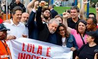 Lula Da Silva recuperó su libertad y celebró junto a sus simpatizantes
