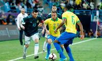 Lionel Messi de tiro penal le dio la victoria a Argentina ante Brasil