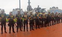 La policía está alerta en la Plaza Dos de Mayo ante anuncio de paro