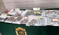 En el edificio se halló 1078 envoltorios de pasta básica de cocaína y más de 198 paquetes de marihuana