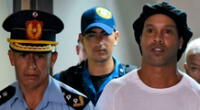 Ronaldinho está preso en Paraguay por presenta documentación falsa.