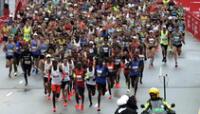 Los maratonistas señalan que es imposible correr con mascarillas.