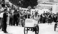 Gremios obreros peruanos, en especial los panaderos y zapateros, intentaron conseguir los mismos derechos en el país.