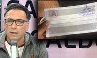 """Carlos Galdós explotó contra César Combina a pesar de que él aseguró que su apellido y logo del partido APP en las mascarillas donadas fueron un """"error involuntario""""."""