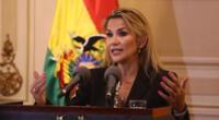 Presidenta Jeanine Áñez informó que no presenta síntomas. Asegura que varios miembros de su equipo también están contagiados.