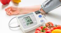 La hipertensión es el aumento continuo de la presión sanguínea en las arterias.