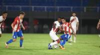 Perú y Paraguay se enfrentaron en un duro encuentro por las Eliminatorias   Foto: @Albirroja