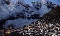 La Rinconada está situada en el nevado Ananea en los Andes peruanos