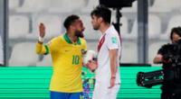 Neymar increpó a Carlos Zambrano por el codo a su compañero.