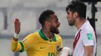 Neymar no pudo contra Zambrano.