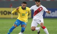 Carlos Zambrano sigue lamentando la derrota de Perú.