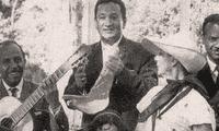 Juan Criado ex jugador de Universitario aparece en libro internacional como jugadores cantantes.