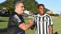 No pasaron ni seis días y Santos canceló acuerdo con Robinho.