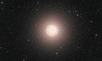 """""""Las estrellas masivas como Betelgeuse queman gases cada vez más pesados en su núcleo hasta que les queda solo hierro y, en consecuencia, colapsan por su propia gravedad y explotan"""", señala Shing-Chi Leung, coautor del estudio."""