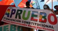 Con casi el 70% de las mesas escrutadas, el 78% de los chilenos de dan el sí al cambio de Constitución.