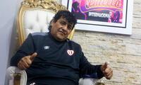 """El cantante Toño Centella viajó a Pucallpa unos días para """"relajarse"""", cumpliendo con las medidas de bioseguridad."""