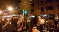 Cientos de peruanos salen a protestar tras vacancia presidencial.