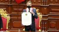 Francisco Sagasti juramentó como nuevo presidente de la República este martes 17 de noviembre en compañía de familiares de Inti y Brayan, jóvenes fallecidos por represión policial en la segunda marcha nacional.