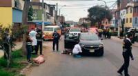 Al lugar llegaron los peritos de Criminalística que revisaron la escena para encontrar posibles pruebas que ayuden a esclarecer el caso de homicidio.