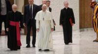 Cardenales cercanos al papa Francisco dan positivo al COVID-19