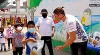 El chico reality Ignacio Baladán mostró que tiene un corazón solidario y lleva ayuda a niños pobres.