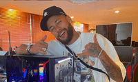 Neymar  se burla sobre la supuesta fiesta con 500 invitados.