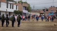 Ministros llegan a Trujillo y mantienen mesa de diálogo.
