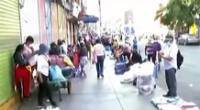 Vendedores invadieron alrededores de La Victoria en el cuarto día de cuarentena.
