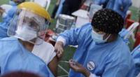 EsSalud se pronuncia tras caso de enfermera que fue vacunada contra el coronavirus.