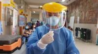 EsSalud aseguró que todo el personal de la institución será vacunado contra la COVID-19.